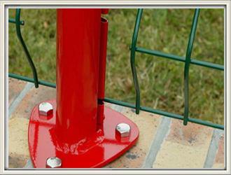 桃型柱护栏底盘