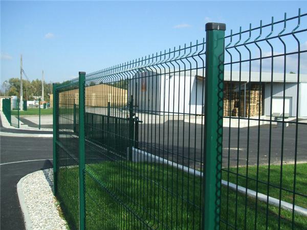 厂区桃型柱护栏网