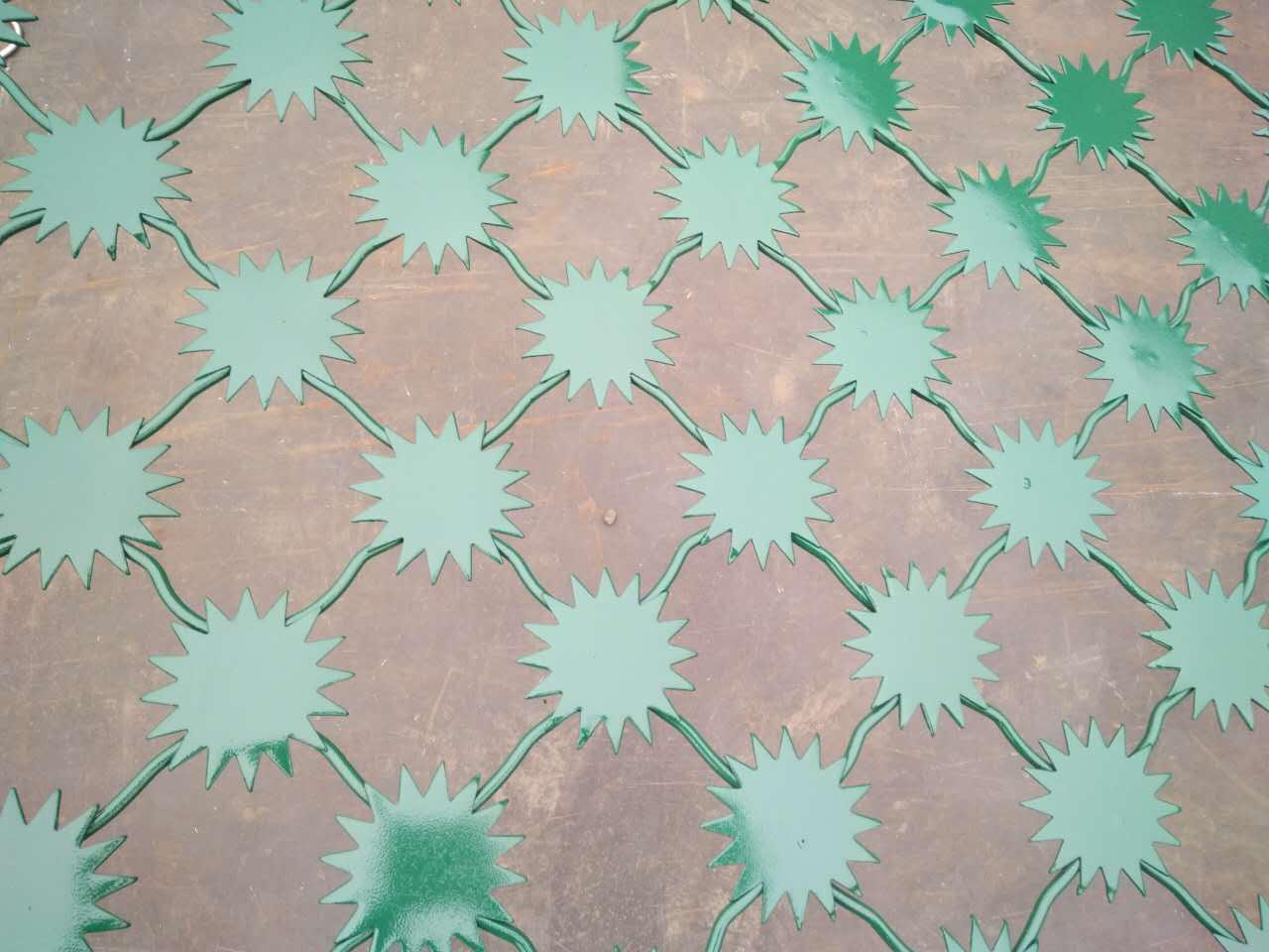 梅花刺片隔离网