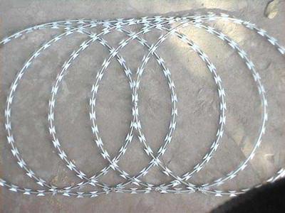 不锈钢平铺型刀片刺绳